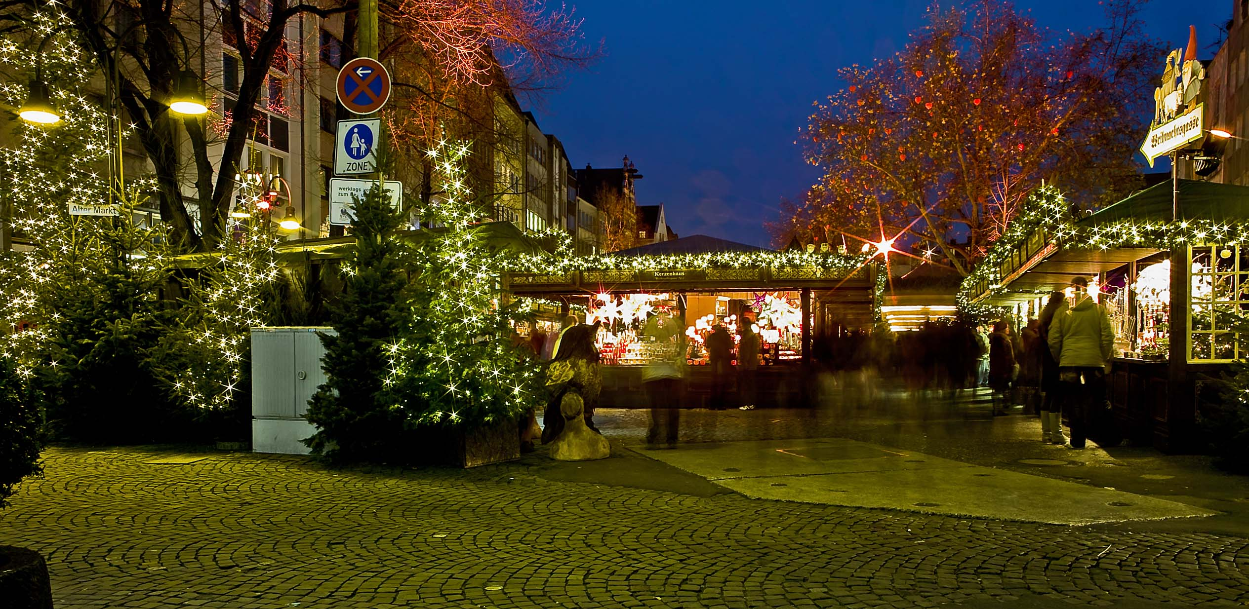 A Christmas market in Cologne