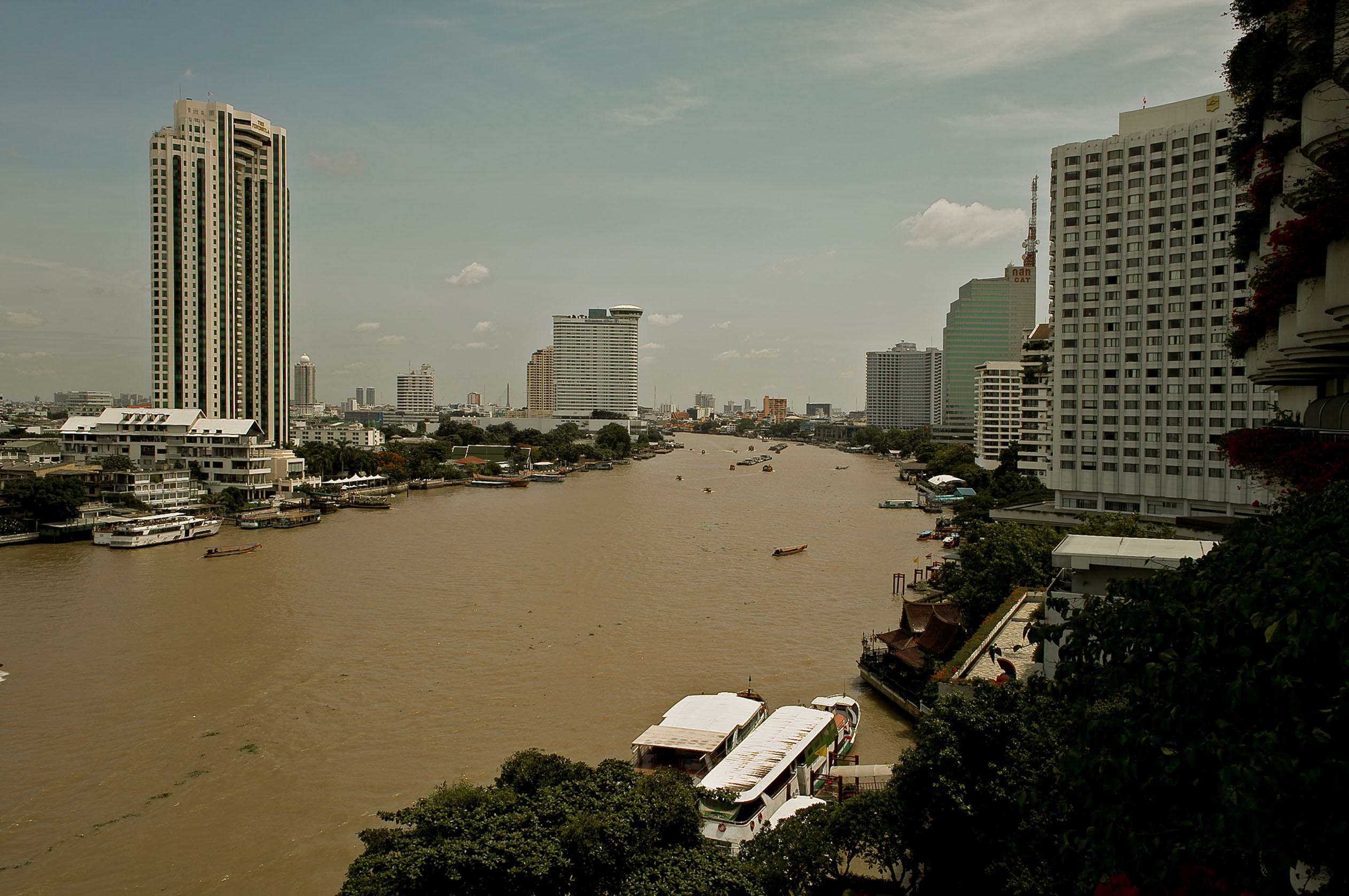 Day of 7-10-11 on Chao Phraya